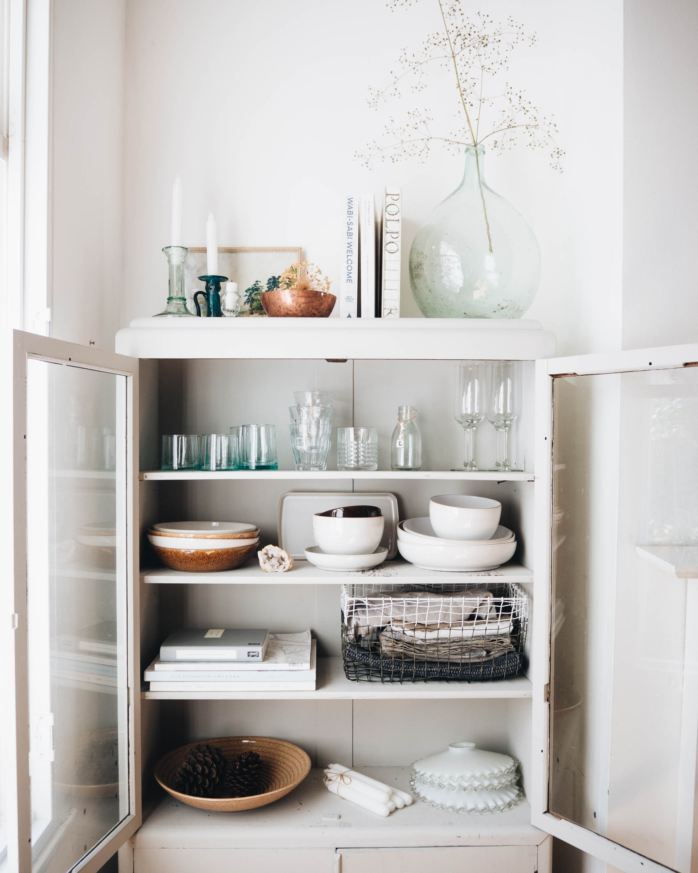 Simple living modern rustic trend with denby for Living 3000 shop